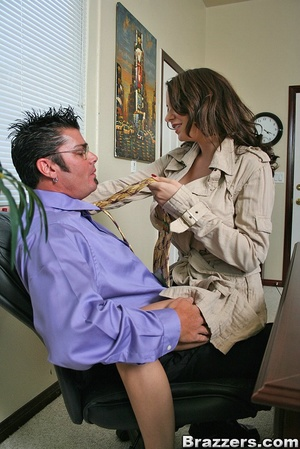 Xxx office. Slutty bitch Kinzie Kenner f - XXX Dessert - Picture 3