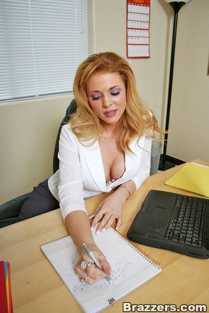 The office xxx. Busty secretary getting  - XXX Dessert - Picture 1