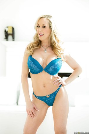 American blonde hot babe lingerie