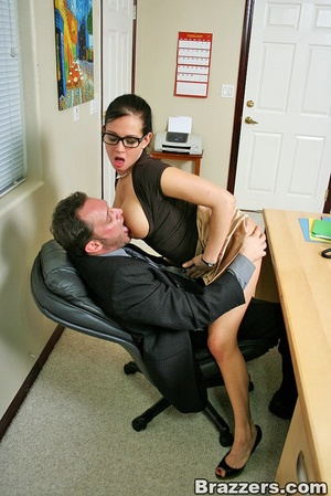 Huge boobs. Busty office girl Tory Lane  - XXX Dessert - Picture 5