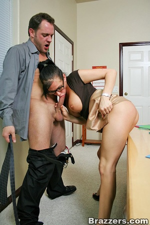 Huge boobs. Busty office girl Tory Lane  - XXX Dessert - Picture 8