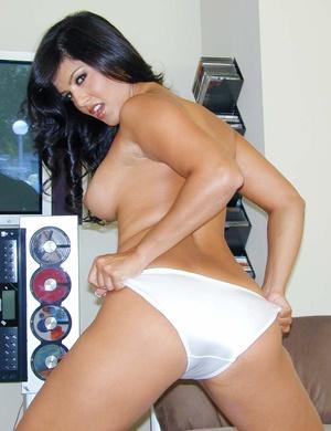 Girls panties. Brunette Sunny Leone show - XXX Dessert - Picture 10