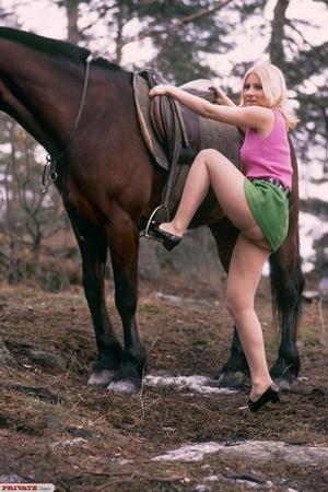 Classic retro porn. Blonde her nipples t - XXX Dessert - Picture 2