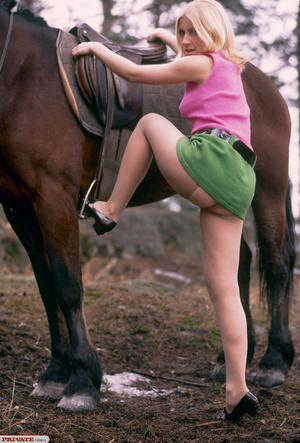 Classic retro porn. Blonde her nipples t - XXX Dessert - Picture 3