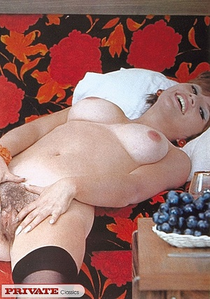 Retro pussy. A cute schoolgirl showing o - XXX Dessert - Picture 12