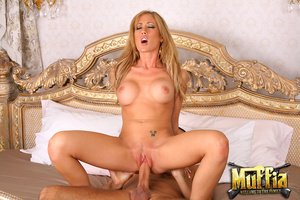 Horny dicks. Watch capri cavalli give he - XXX Dessert - Picture 8