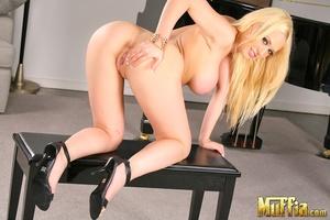 Hardcore porn. Kagney linn gets on her l - XXX Dessert - Picture 4
