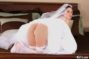 Big dicks. Mindy main cheats on her wedd - XXX Dessert - Picture 2