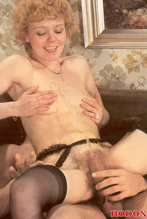 Hairy xxx. Real horny retro pissing and  - XXX Dessert - Picture 26