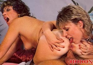 Retro nude. Two horny eighties chicks ge - XXX Dessert - Picture 25