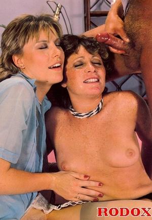 Retro nude. Two horny eighties chicks ge - XXX Dessert - Picture 28