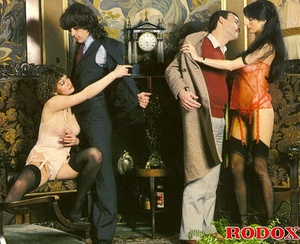 Hairy gallery. Hairy retro hookers getti - XXX Dessert - Picture 16