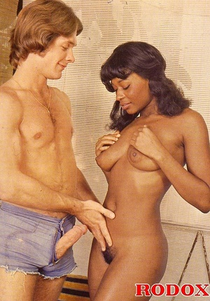 Perfect hairy pussy. Black seventies lad - XXX Dessert - Picture 23