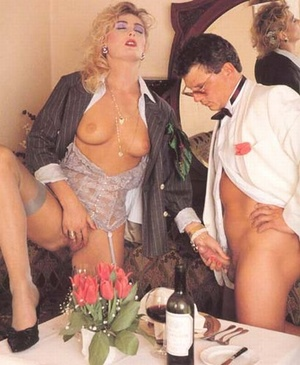 Very hairy pussy. Horny seventies lady p - XXX Dessert - Picture 7