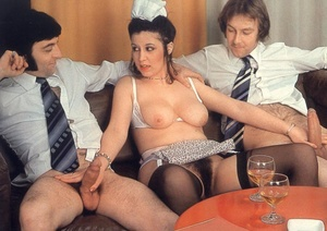 Hairy nude. Wet and hairy seventies puss - XXX Dessert - Picture 10