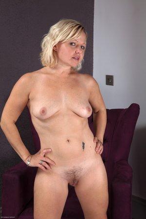 Nude crotchless panty