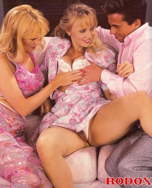 Hairy pussy. Two filthy blonde seventies - XXX Dessert - Picture 3