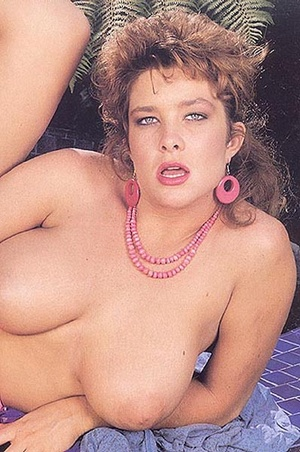 Hairy pussy cuties. Horny seventies lady - XXX Dessert - Picture 9