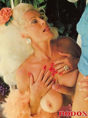 Classic Mature Porn - ... Xxx classic porn. Mature retro lady in s - XXX Dessert - Picture 3