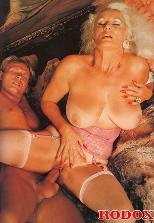 Classic Mature Porn - ... Xxx classic porn. Mature retro lady in s - Picture 12 ...