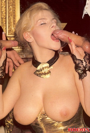 Retro xxx. Vintage retro and very sexy b - XXX Dessert - Picture 6