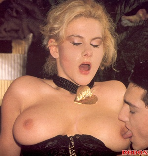 Retro xxx. Vintage retro and very sexy b - XXX Dessert - Picture 11