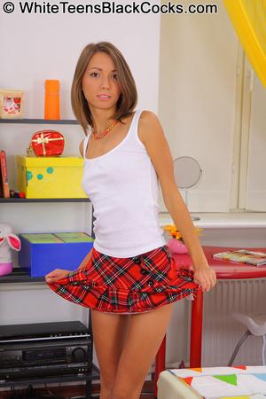 Teen girls. Cute teen in schoolgirl unif - XXX Dessert - Picture 4