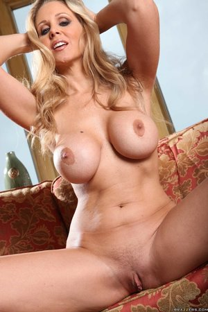 Big ass mature blonde