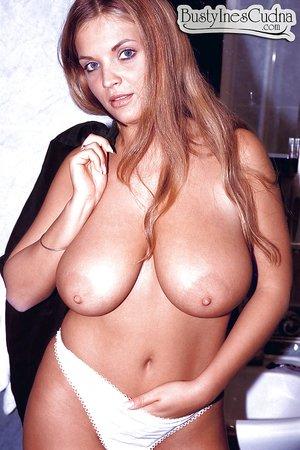 DEANNE: Polish milf tits