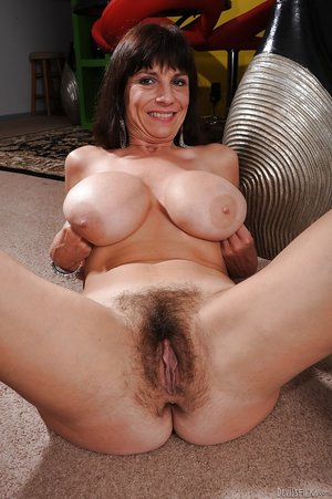 Mature Hairy Snatch - Busty mature hairy snatch. Sage Hughes. Picture 12.