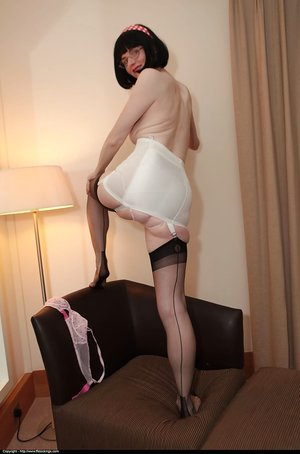 Mature big tits stockings