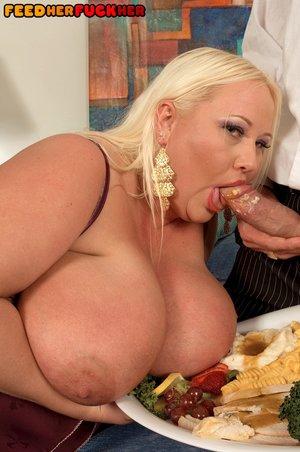 American petite fat woman fuck