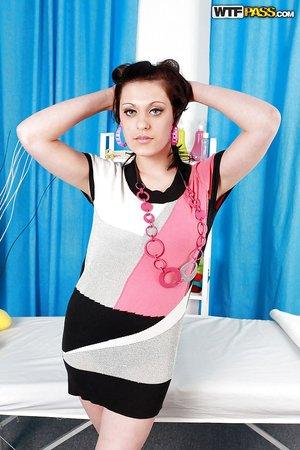 Brunette hd massage porn