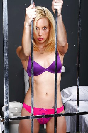 Slim sexy blonde lesbians - XXXonXXX - Pic 5