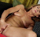 American mature hot masturbation orgasm