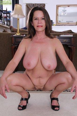 Sexy office slut