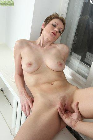 Czech amateur wife blowjob