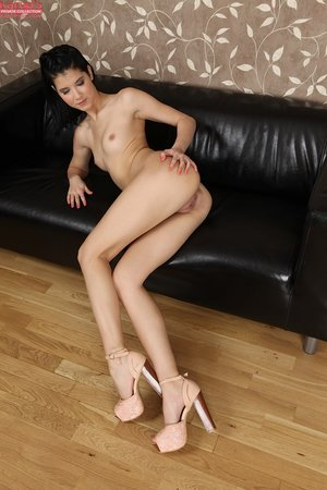 Skinny pussy squirting - XXX Dessert - Picture 13