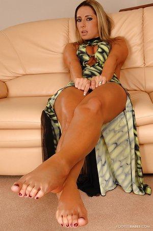 Barefoot czech babe