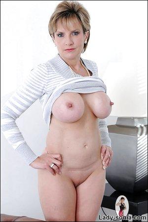 Lady Sonia Porn