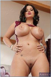 Nude arabic virgin women photos