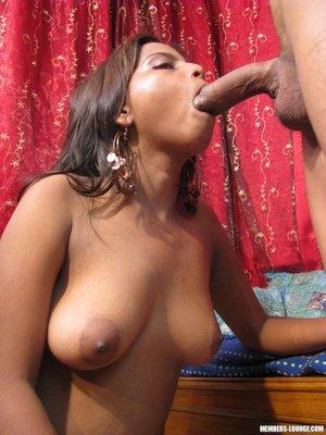 Nude big nipple tit women