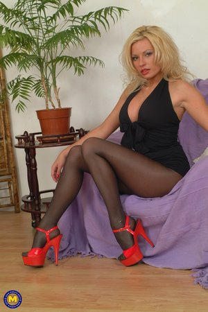 Kinky hot mom