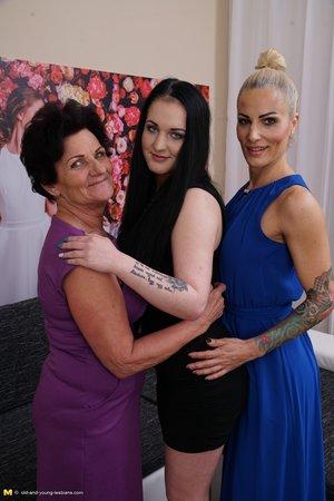 Horny granny lesbian