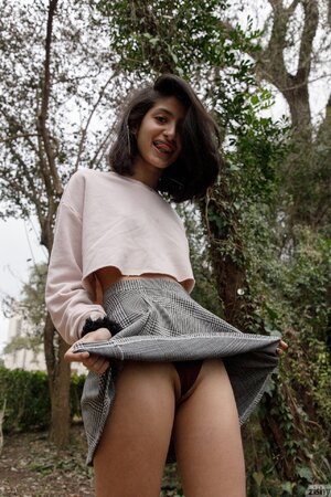 Indian teen flashes in the park