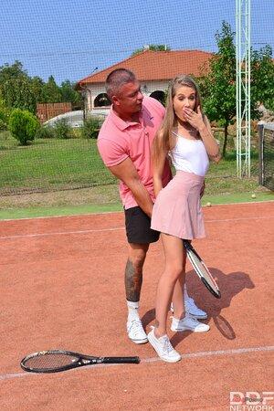 Tennis Mädchen gefickt pics