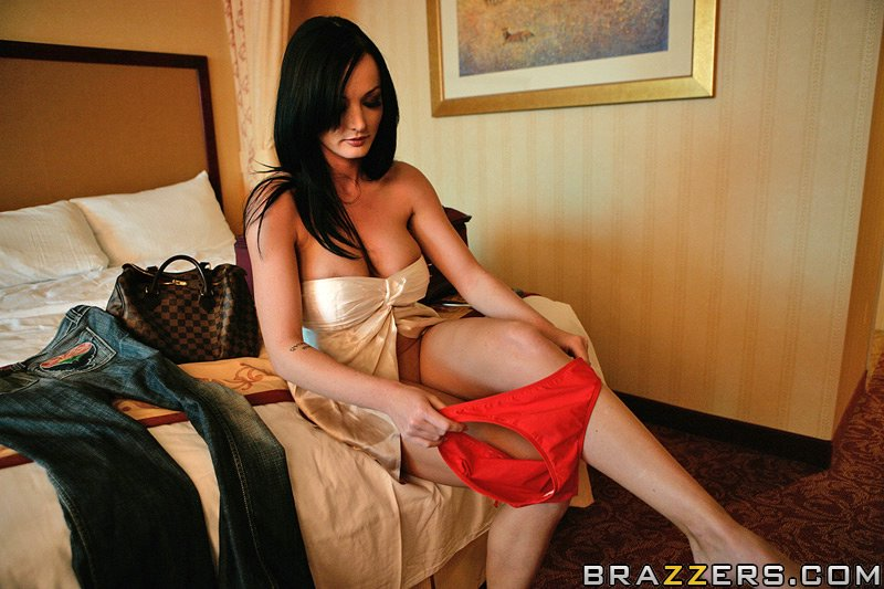 Hot shaved lezboes