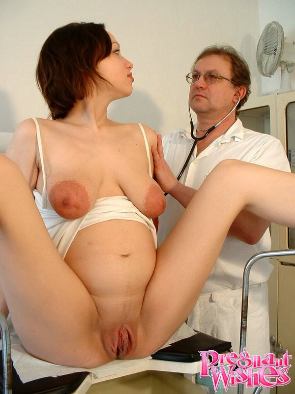 Hot Pregnant Pregnant Beauty Gets Her Tits - Xxx Dessert -8017
