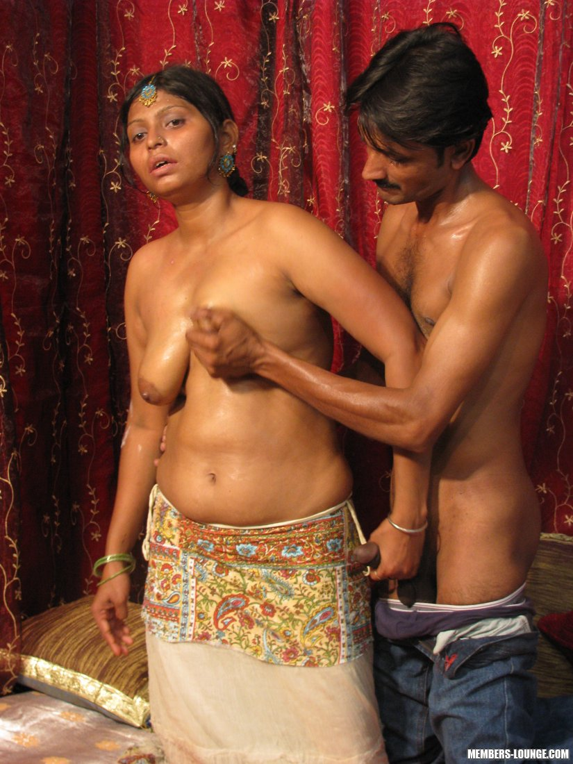 Hot Indian Girls Going Down - Xxx Dessert - Picture 6-6569