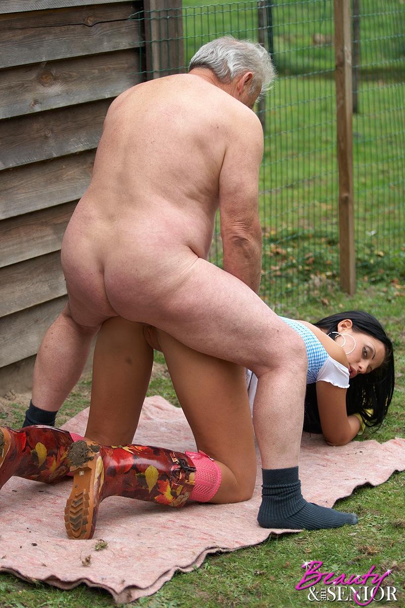 алена трахается из сиареком с соседнего двора уловил направление